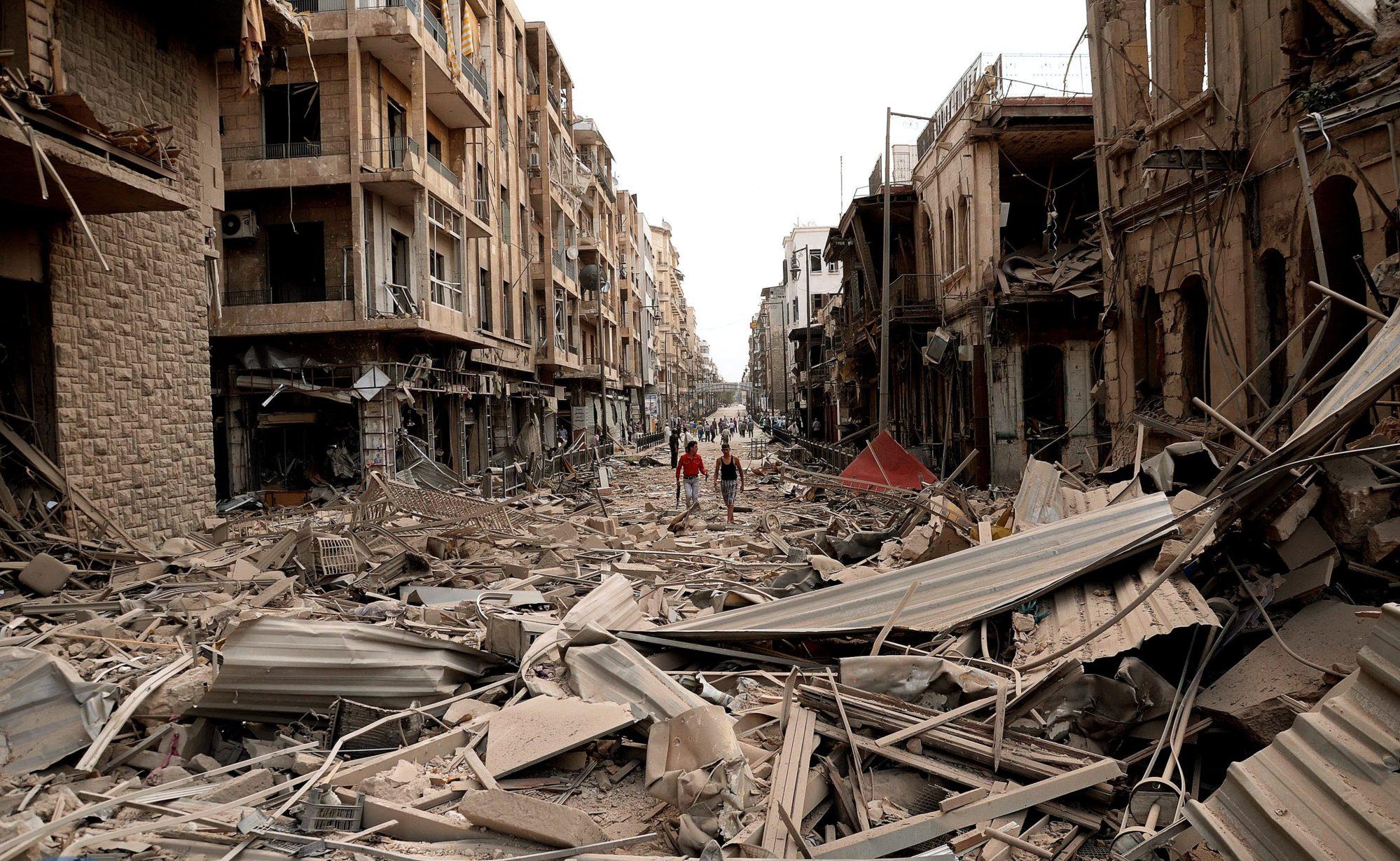Ruines d'une ville syrienne frappée par des missiles