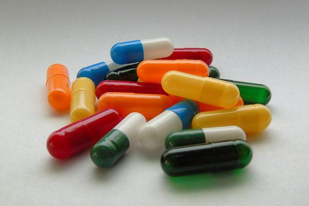 Des pilules multicolores