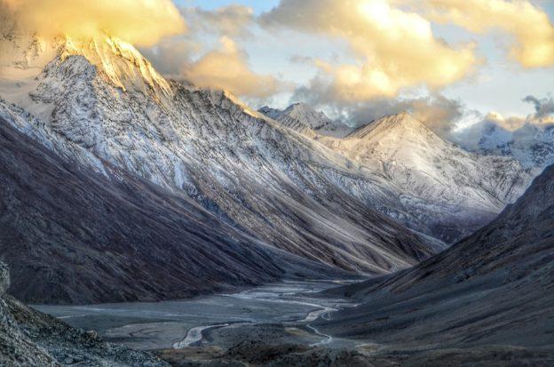 Himalaya : défi pour les alpinistes