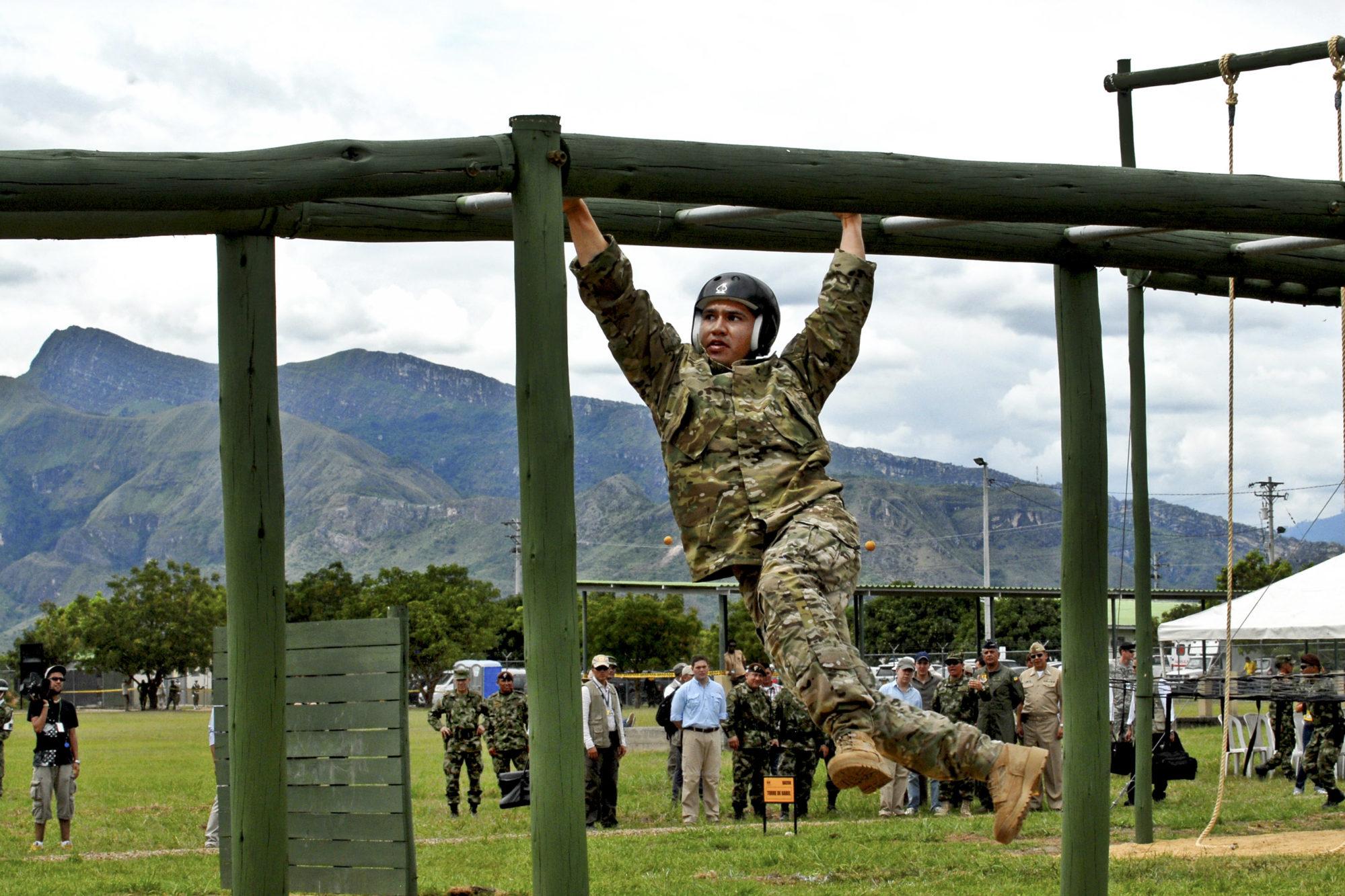 Militaire pendant un entraînement